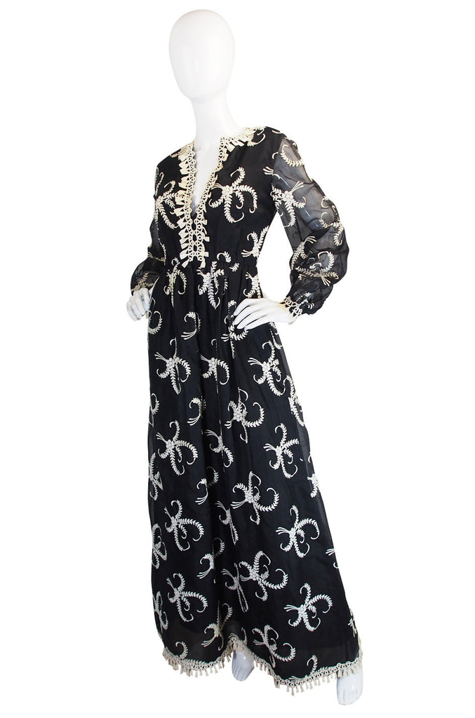 1960s Embroidered Silk Oscar de la Renta Gown