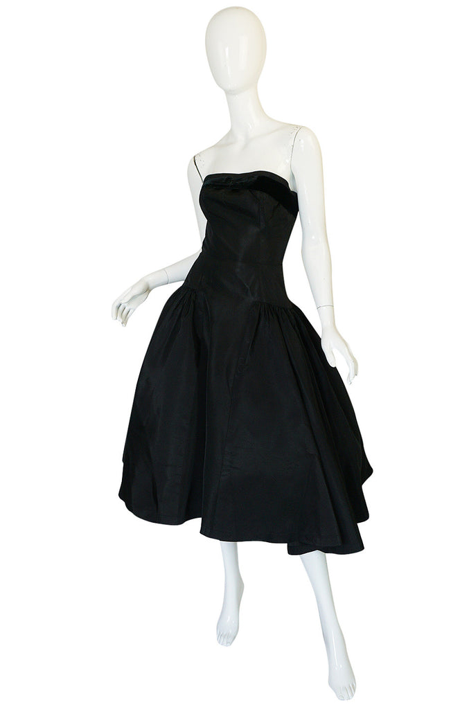 1950s Strapless Black Silk Taffeta Cocktail Dress