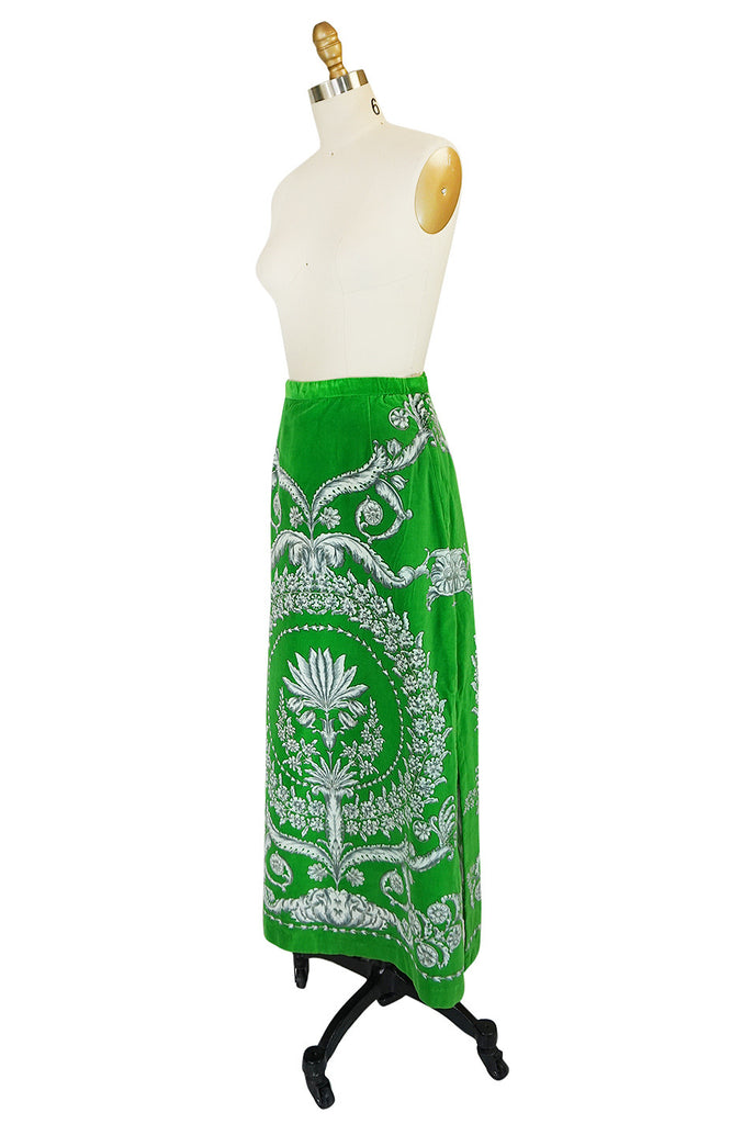 1970s Brillaint Green Velvet Mr Dino Print Maxi Skirt