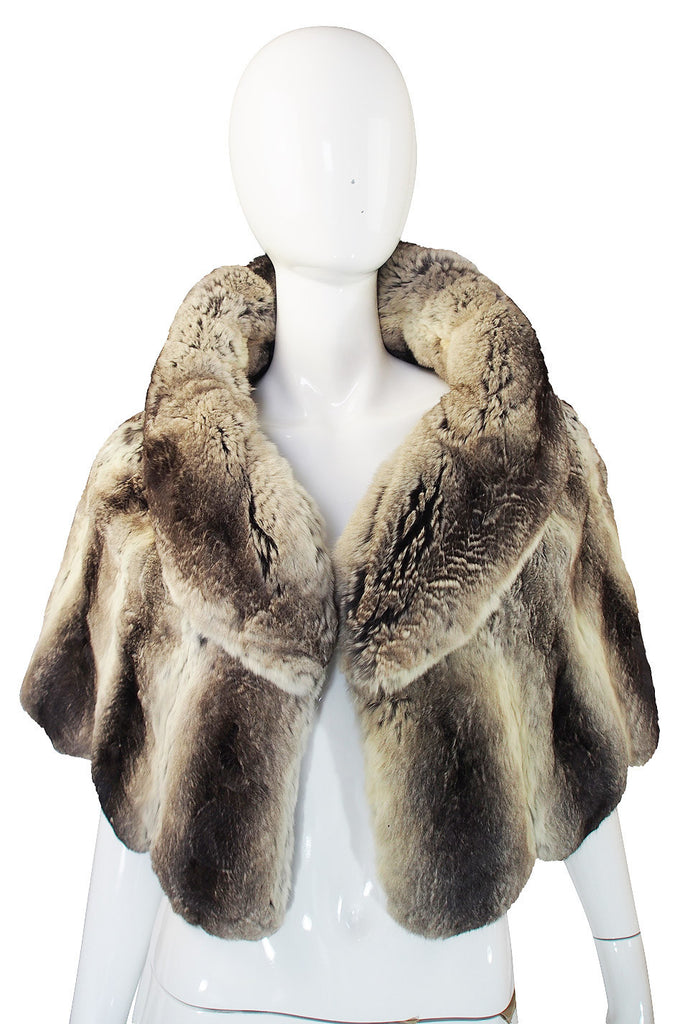 1950s Rare Scalloped Edge Chinchilla Cape