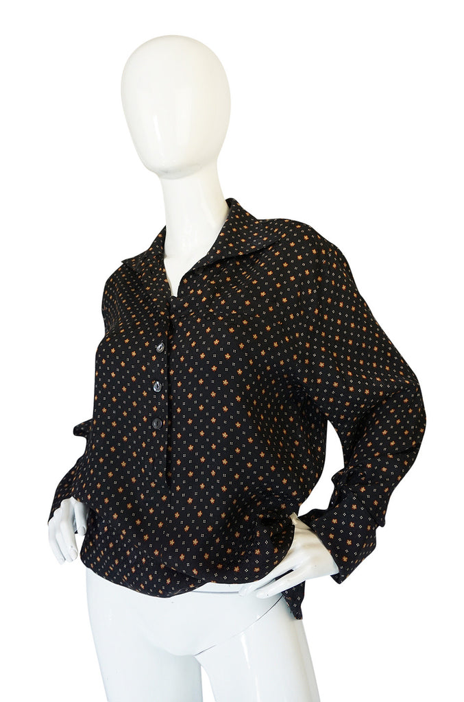 Gorgeous 1970s Print Chloe Black Silk Cuffed Top