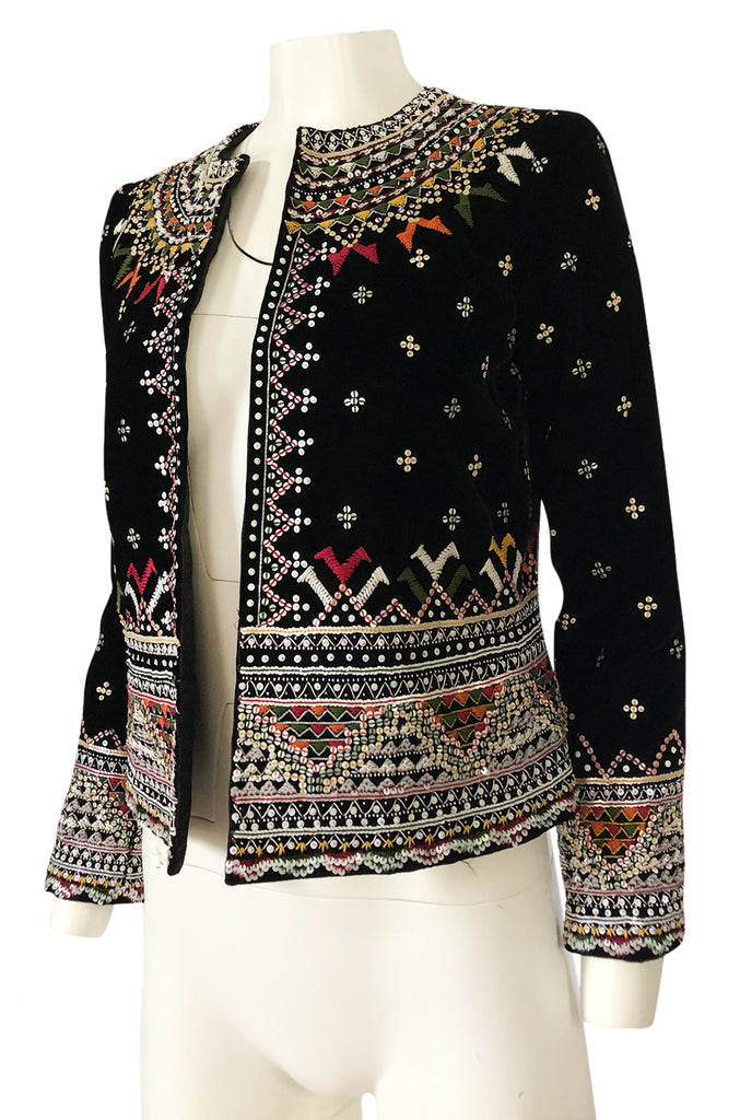 Fall 2002 Oscar de la Renta Embroidered & Sequin Black Velvet Jacket