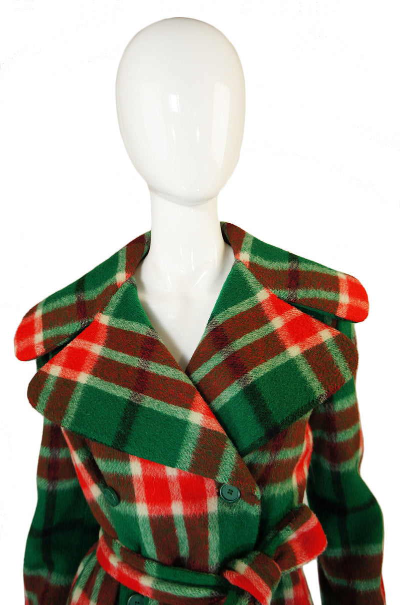 1960s Oscar de la Renta Plaid Wool Coat