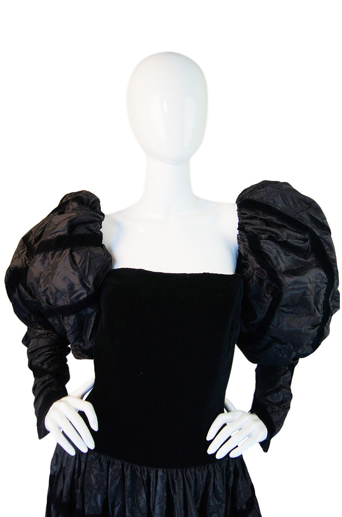 1986 Chanel Gown w Removable Sleeves