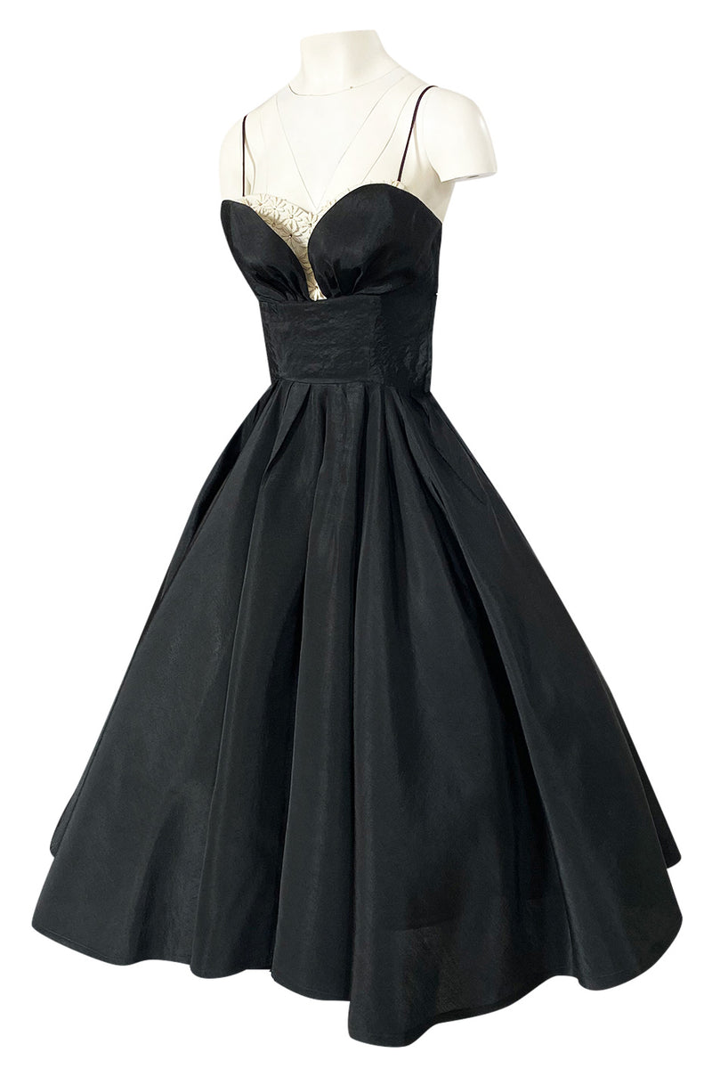 1950s Unlabeled Black Full Circle Skirted Silk Dress w Daisy Applique Bust
