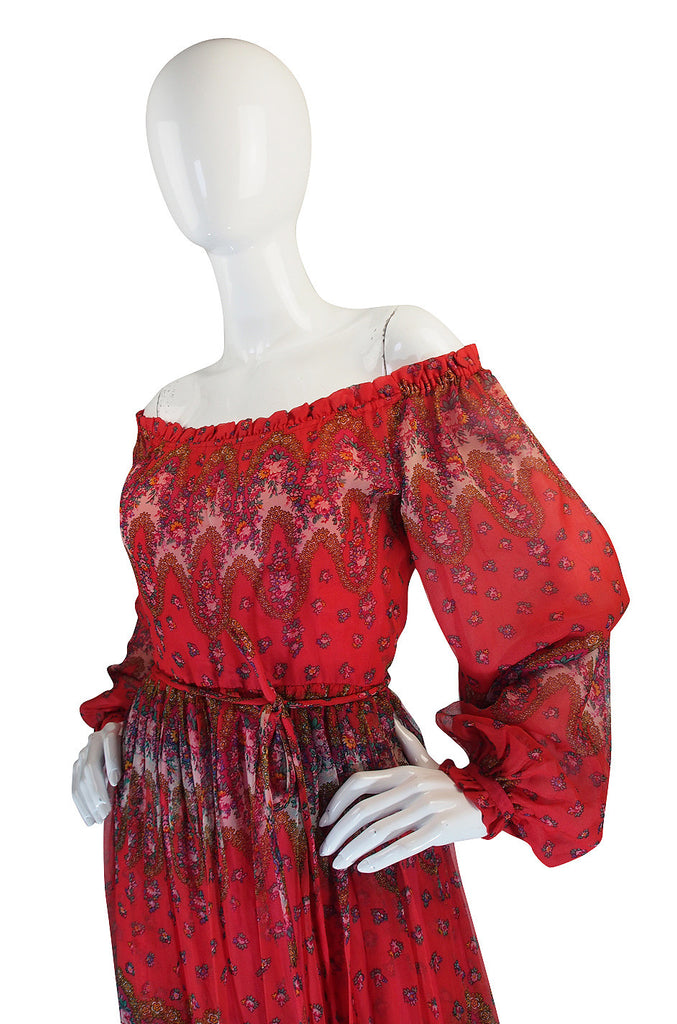 1970s Off Shoulder Silk Print Mollie Parnis Dress