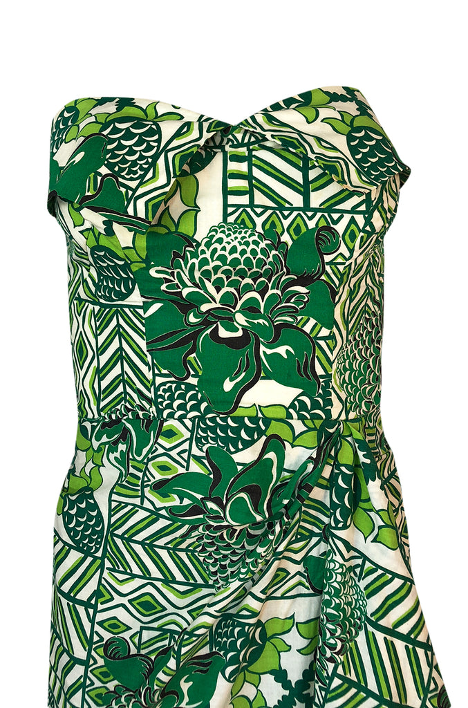 1950s Unlabeled Cotton Hawaiian Green Floral & Pineapple Print Dress