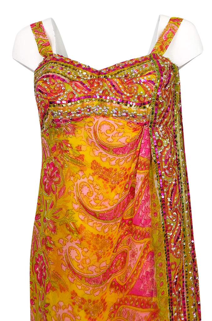 1960s Unlabeled Pink & Gold Sequin Detail Sari Inspired Silk Print Dress