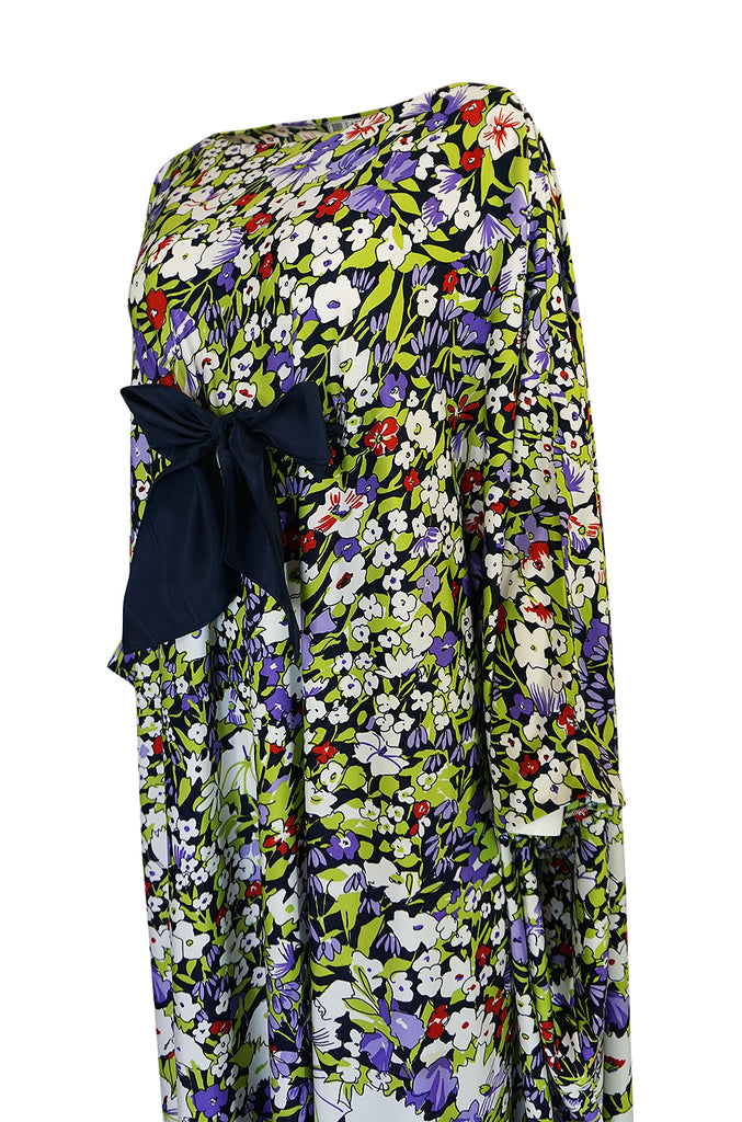 1970s Lanvin Floral Printed Fluid Jersey Ribbon Front Caftan Dress