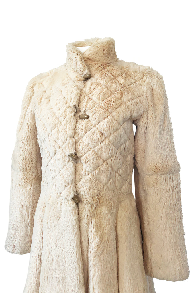Extraordinary 1970s Emanuel Ungaro Sheared Fur Soft Taupe Cream Coat