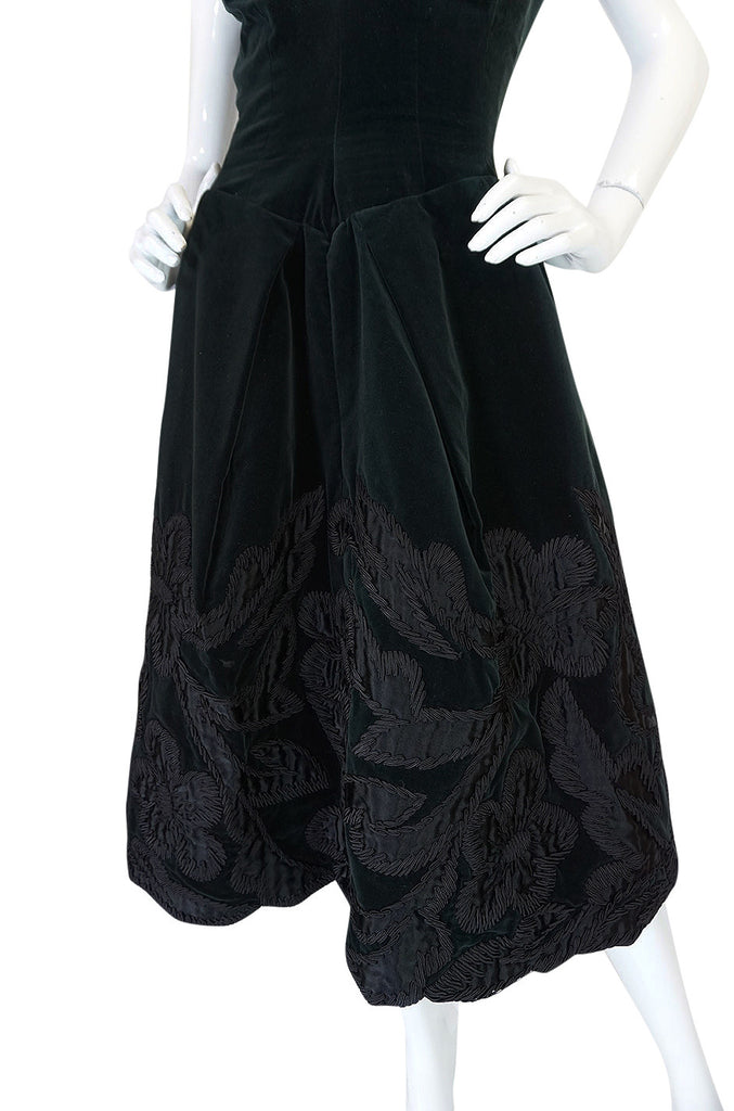 1950s Demi-Couture Level Nazareth Velvet Applique Dress