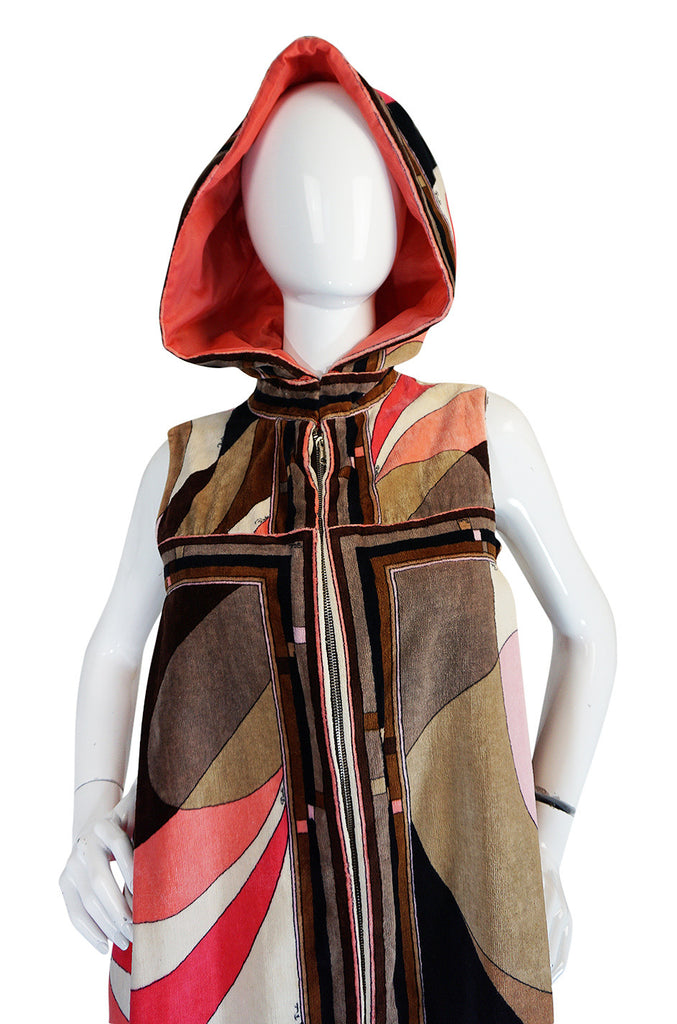 c1968 Rare Pucci Beach Velvet Cape with Removable Hood