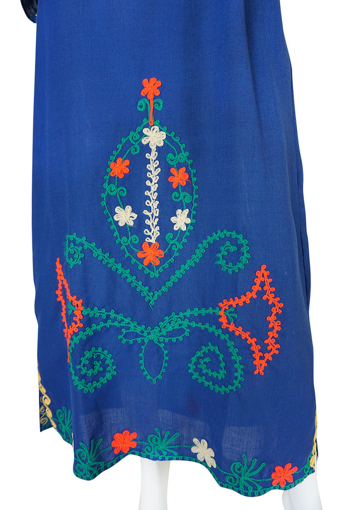 1960s Arts & Crafts Yarn Embroidered Blue Cotton Caftan