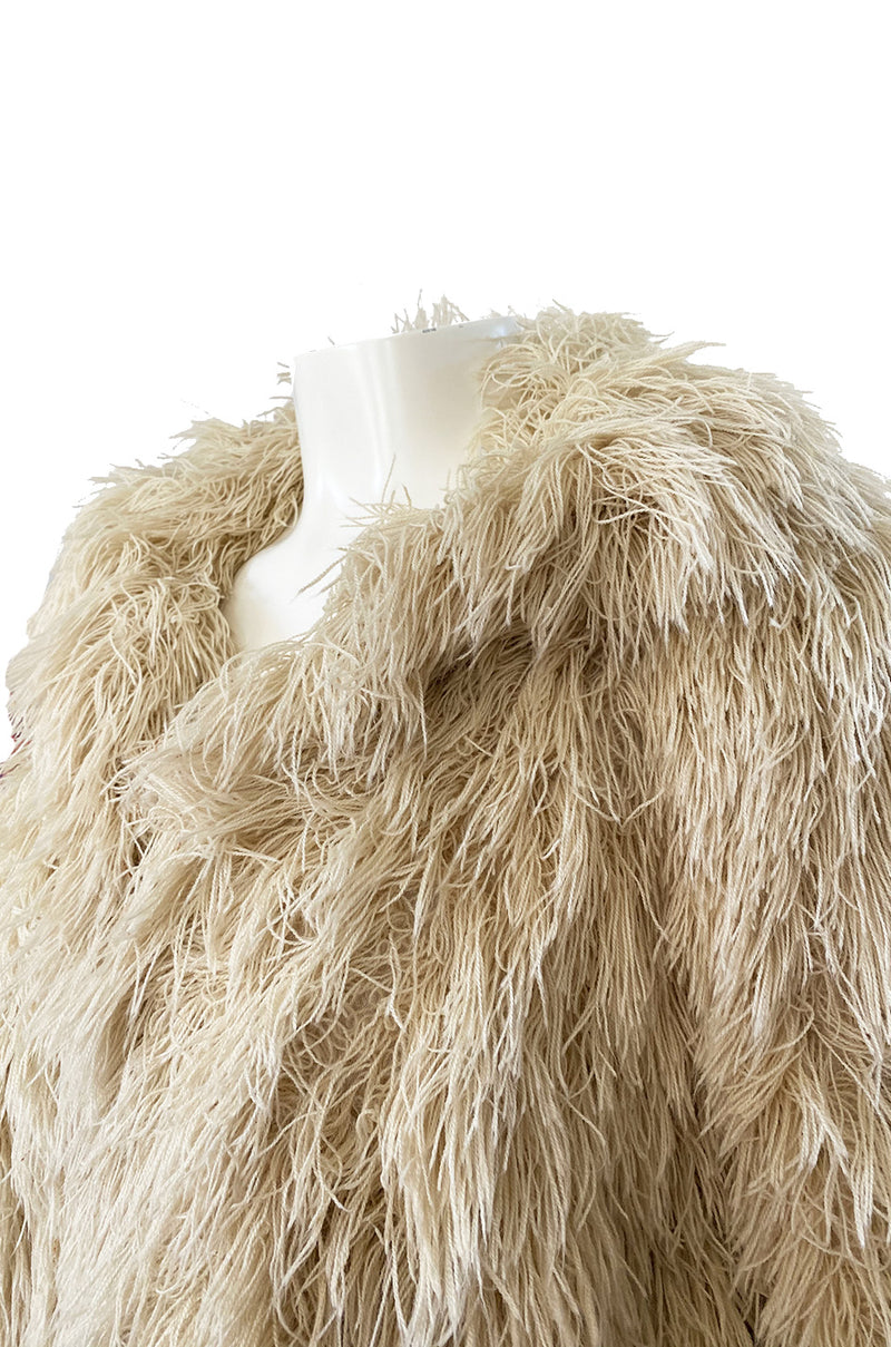 1970s Unlabeled Arissa of France Deep Ivory Faux Fur Alternative String Coat