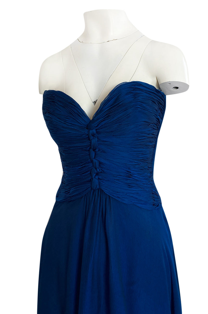 Gorgeous 1980s Oscar De La Renta Deep Sapphire Blue Silk Chiffon Strapless Dress