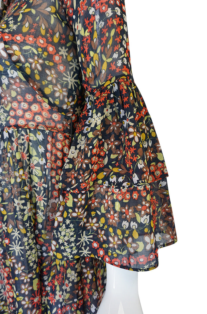1960s Lee Bender for Bus Stop Bell Sleeve Dress