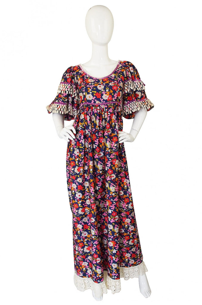 1960s Gina Fratini Lace Trimmed Floral Print Dress