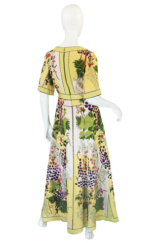 1960s Beautiful & Pristine Grapevine Printed Silk Bessi Dress
