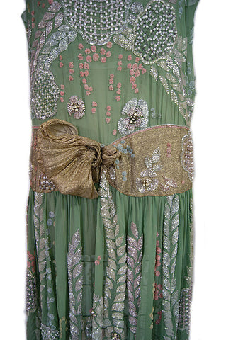 1920s Elaborately Beaded Flapper