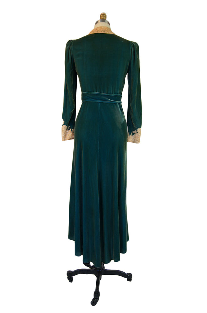 1930s Silk Velvet & Lace Morning Robe