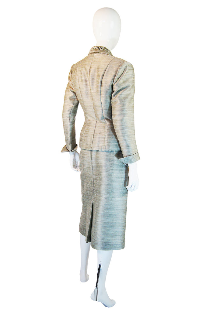 1940s Amazing Fitted Silk Lilli Ann Suit