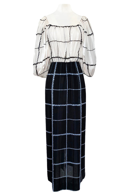 1970s Pauline Trigere Contrasting Black & White Silk Rope Print On or Off Shoulder Dress