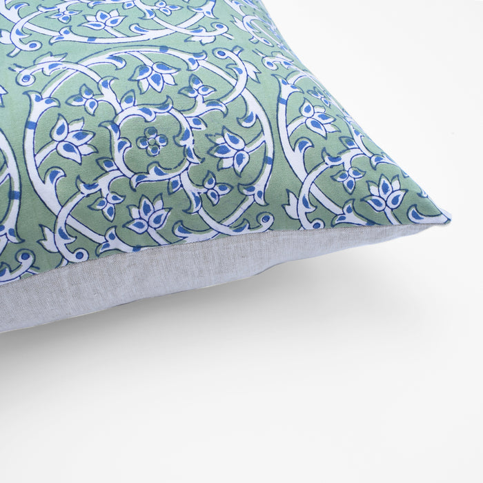 Tiles Green Filigree Pillow, square
