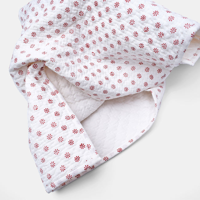 Ditsy Coral Quilt, baby