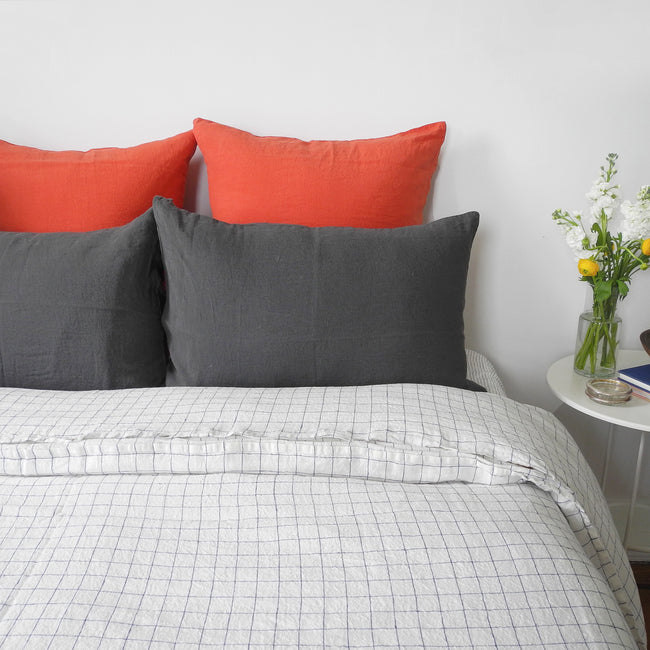 Linge Particulier Storm Grey Standard Linen Pillowcase Sham with navy check linen duvet for a colorful linen bedding look in charcoal grey - Collyer's Mansion
