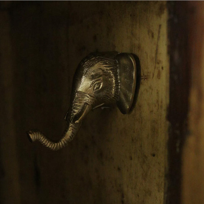 Billy Elephant Hook