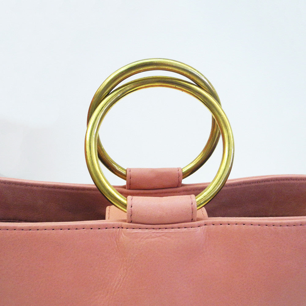Addie Ring Bucket Tote, rose