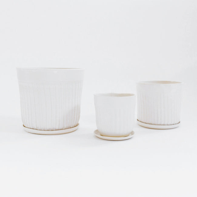 No. 2 Planter, white