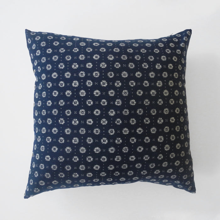 Japanese Ascot Pillow, square