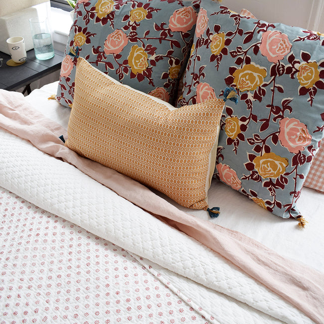 Ditsy Coral Quilt, twin or queen