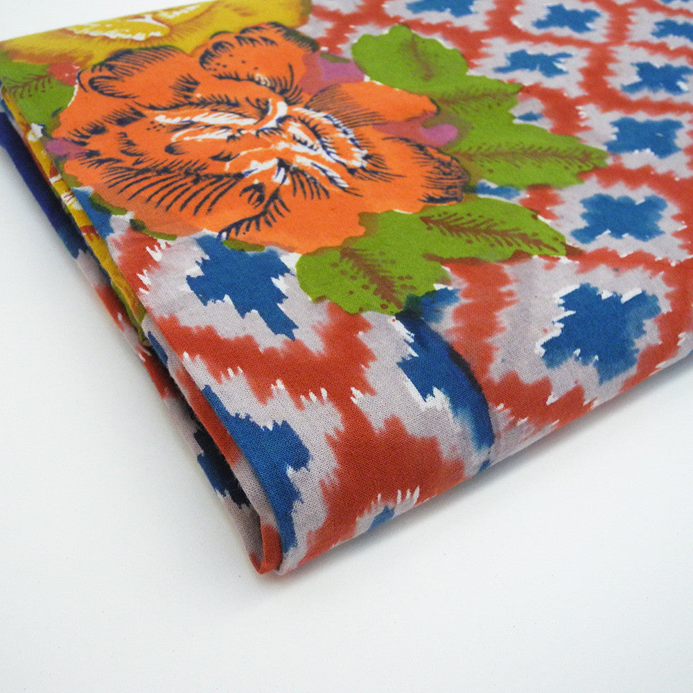 Hima Big Flower Tablecloth