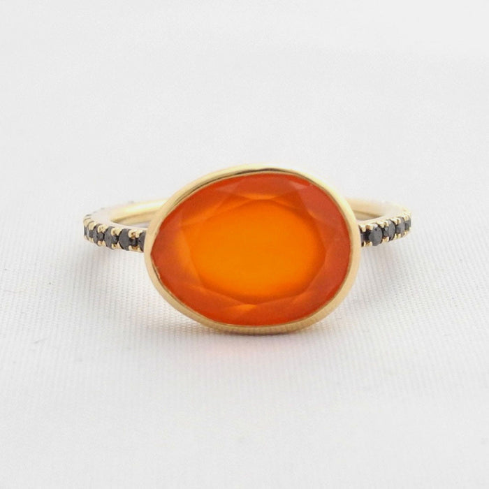 Carnelian Ring with Black Diamonds