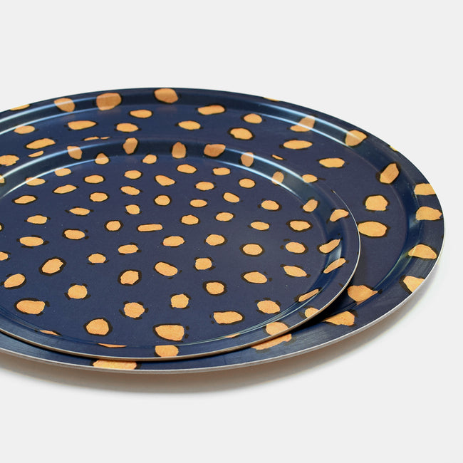 Round designer tray in Scandinavian tray style in navy blue with animal print for dining or home decor - Collyer's Mansion