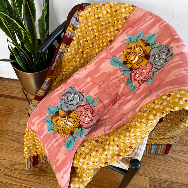 Paradise Garden Old Pink Quilt, junior