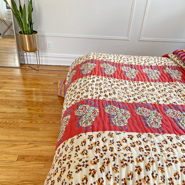 Leopard Stripes Rust Quilt, queen/king