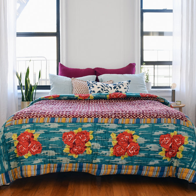 Paradise Garden Peacock Quilt, queen/king
