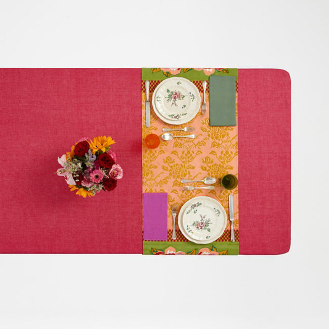 Double Peonia Acid Green Table Runner