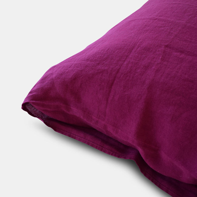 Linen Standard Pillowcase, beetroot