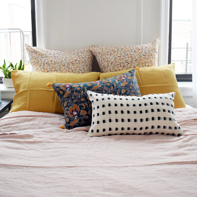 Linge Particulier Yellow Gold Standard Linen Pillowcase Sham with nude pink linen duvet for a colorful linen bedding look in honey gold - Collyer's Mansion