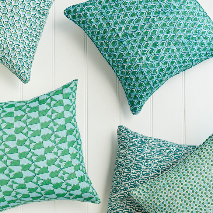 Scopello Emerald Pillow, square