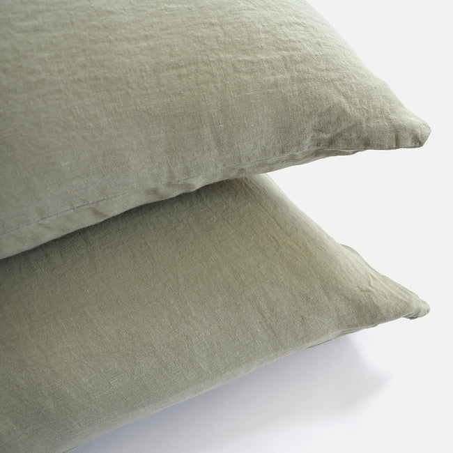 Linge Particulier Fennel Green Standard Linen Pillowcase Sham for a colorful linen bedding look in olive green - Collyer's Mansion