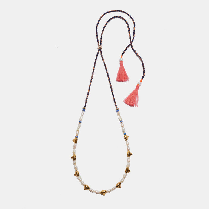 Simple Tooth Necklace in Pearl