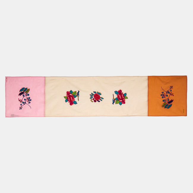Royal Palace Pink Table Runner