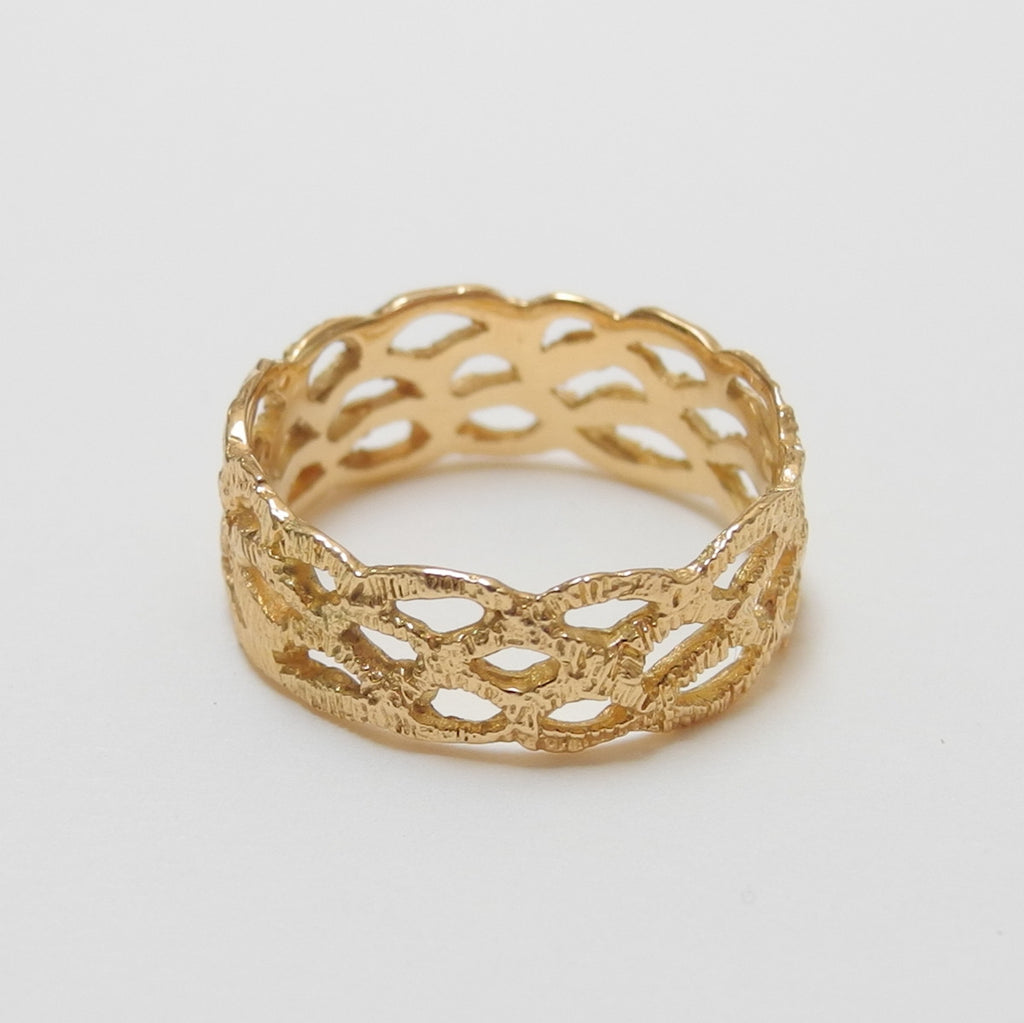 18k Gold Lace Ring