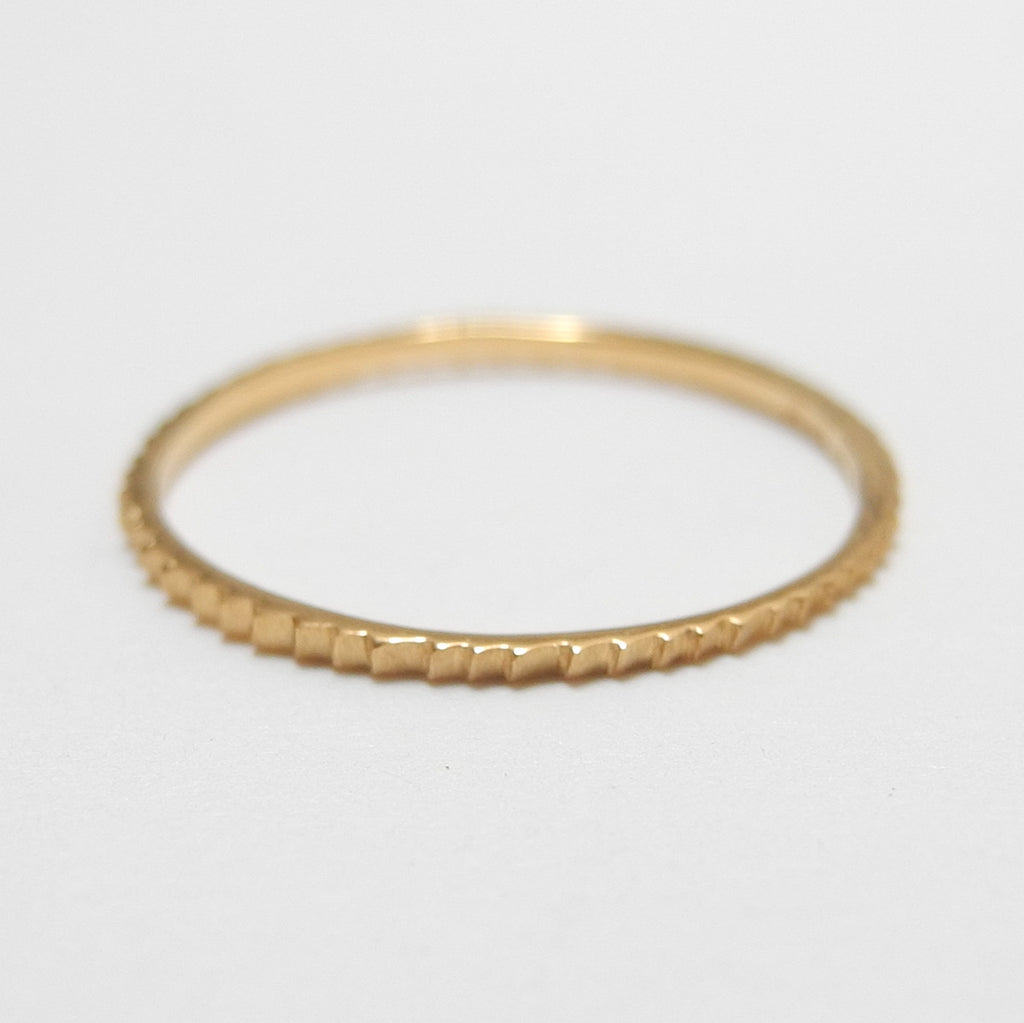 18k Gold Petit Gear Ring