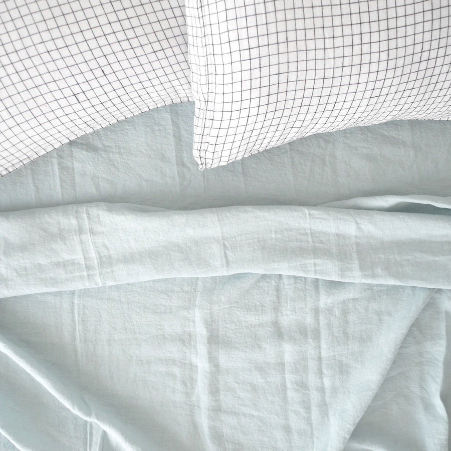 Linen Flat Sheet, pale blue, Sheet, Linge Particulier, Collyer's Mansion - Collyer's Mansion